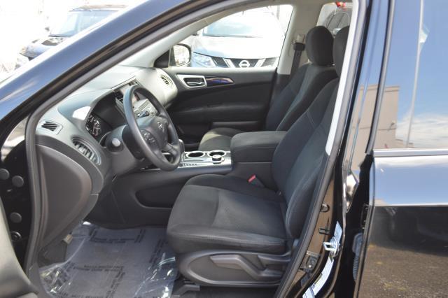 2014 Nissan Pathfinder S 7