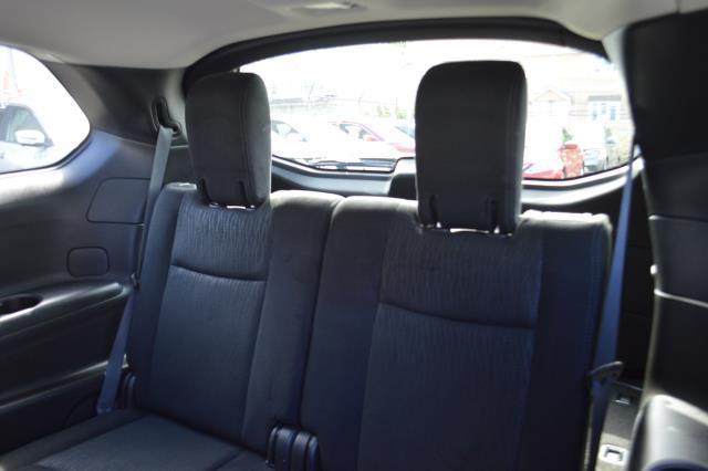 2014 Nissan Pathfinder S 11