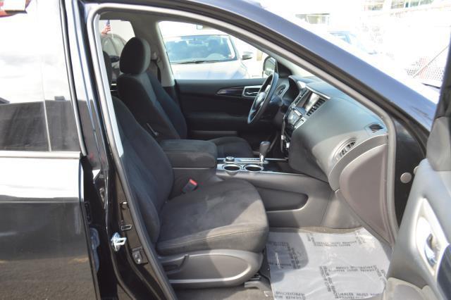 2014 Nissan Pathfinder S 12