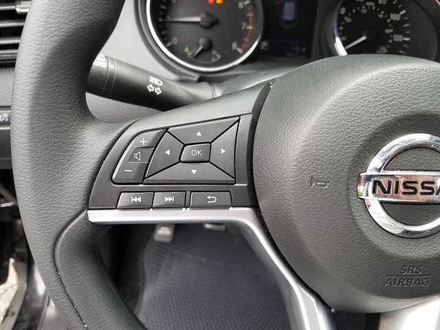 2019 Nissan Rogue S 16