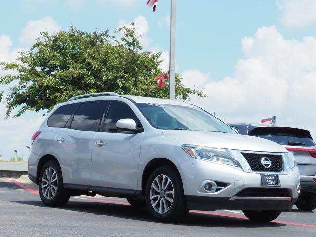 2015 Nissan Pathfinder SV for sale in Killeen, TX