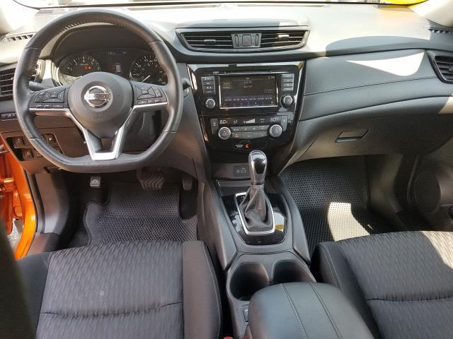 2018 Nissan Rogue SV 12