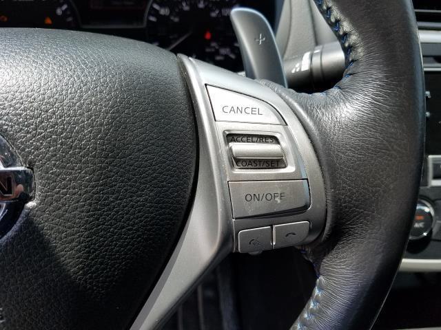 2016 Nissan Altima 2.5 SR 18
