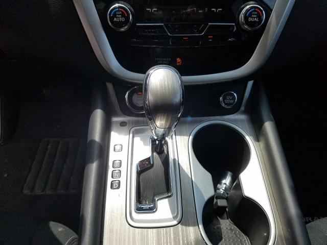 2016 Nissan Murano SV 22
