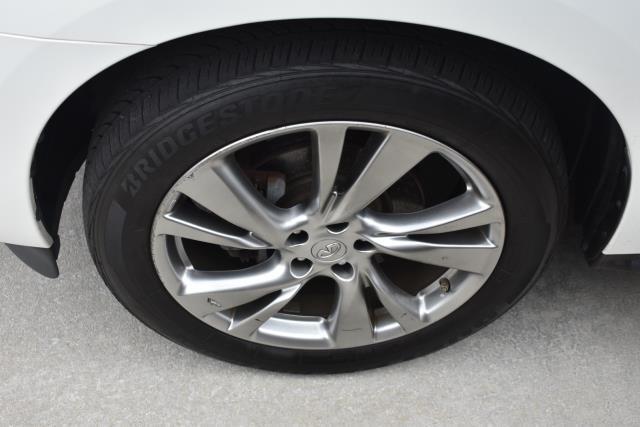 2013 INFINITI Jx35 AWD 4dr 3