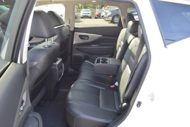 2016 Nissan Murano SL 8