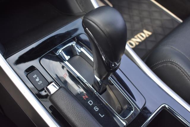 2017 Honda Accord Sedan EX-L 22