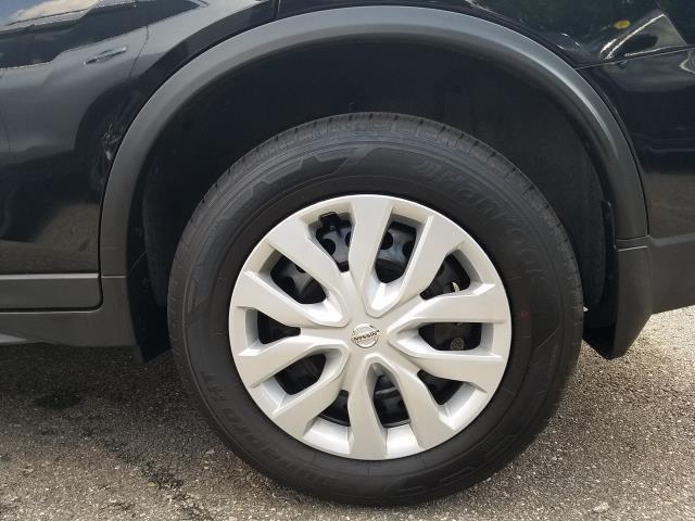 2019 Nissan Rogue S 8