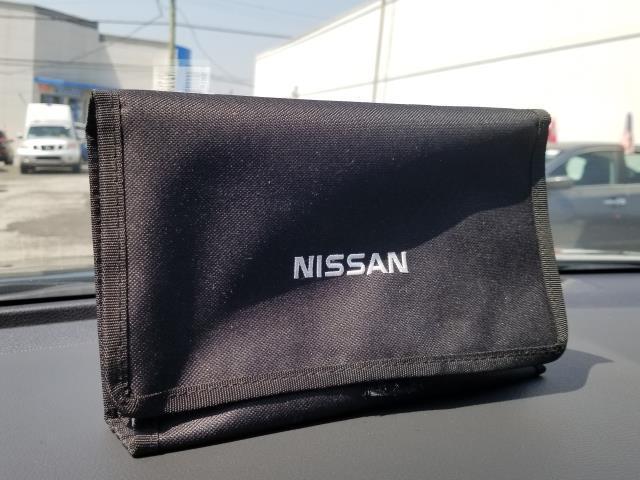 2017 Nissan Rogue SV 25