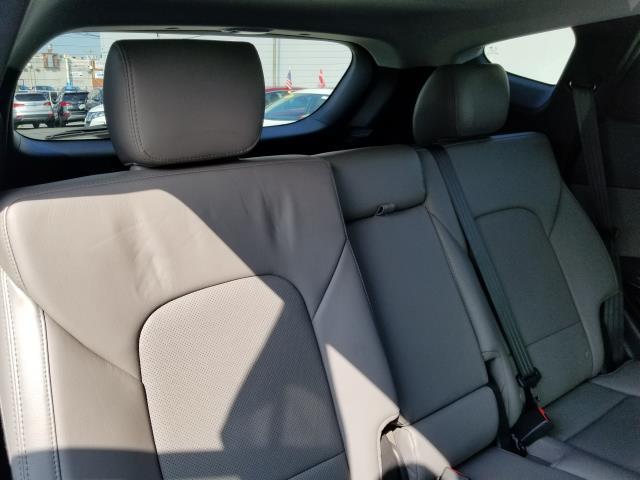2017 Hyundai Santa Fe Sport 2.0T Ultimate 16