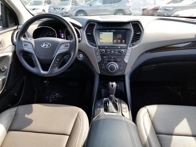 2017 Hyundai Santa Fe Sport 2.0T Ultimate 17