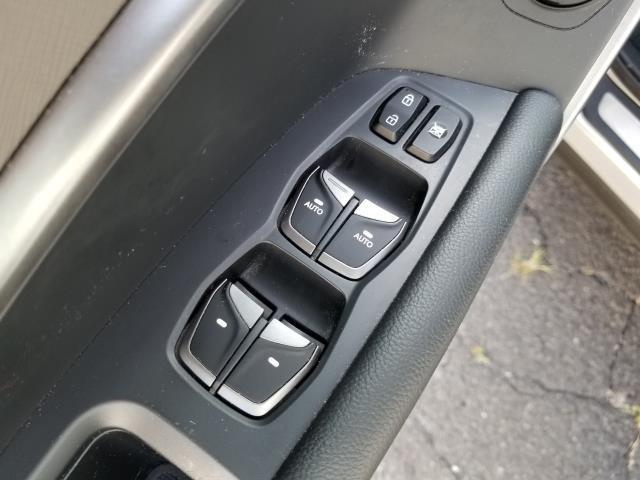 2017 Hyundai Santa Fe Sport 2.0T Ultimate 18