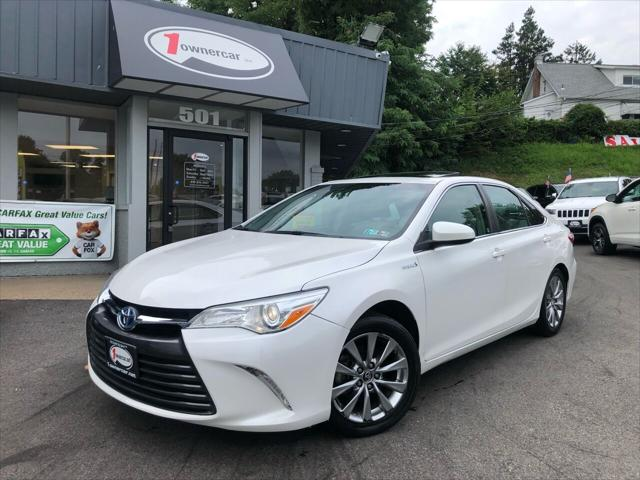 2015 Toyota Camry Hybrid XLE for sale in Clifton Heights, PA