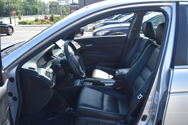 2012 Honda Accord Sdn SE 12
