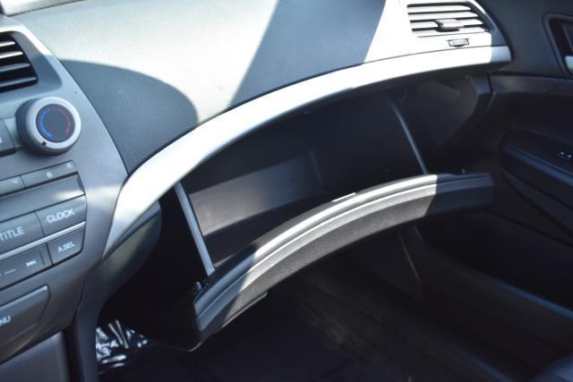 2012 Honda Accord Sdn SE 22