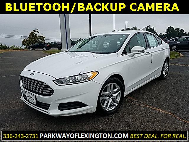 Oxford White 2016 Ford Fusion SE 4D Sedan Lexington NC