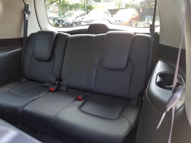2016 INFINITI QX80 4WD 4dr 9