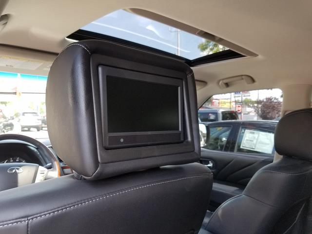 2016 INFINITI QX80 4WD 4dr 11