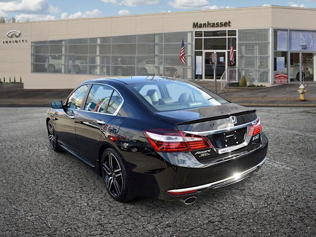 2017 Honda Accord Sedan Sport SE 1