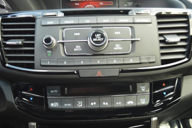 2017 Honda Accord Sedan Sport SE 22