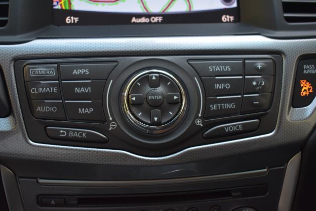 2017 Nissan Pathfinder SL 20