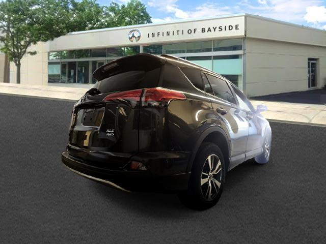 2016 Toyota Rav4 XLE 2