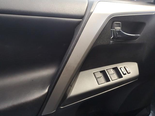 2016 Toyota Rav4 XLE 13