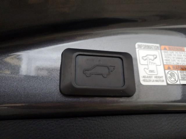 2016 Toyota Rav4 XLE 28