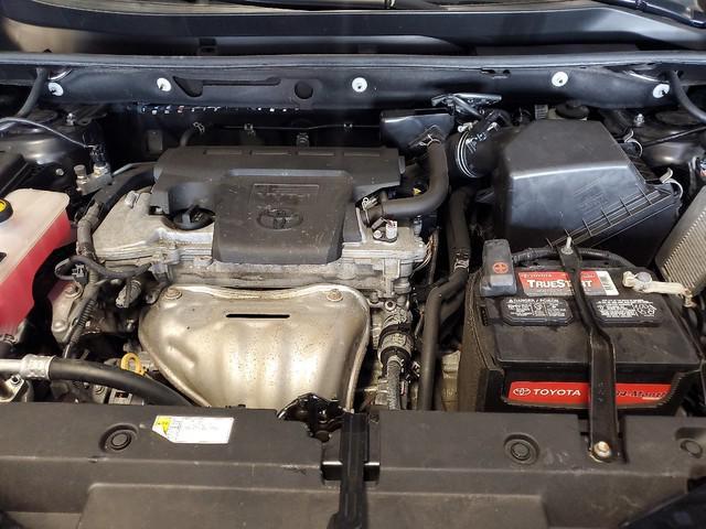 2016 Toyota Rav4 XLE 31