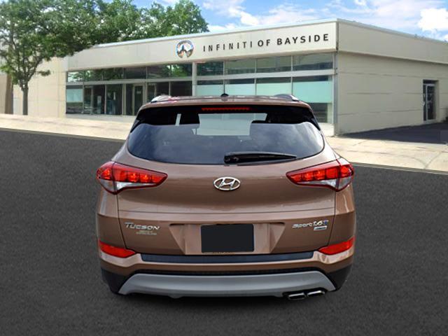 2017 Hyundai Tucson Sport 2
