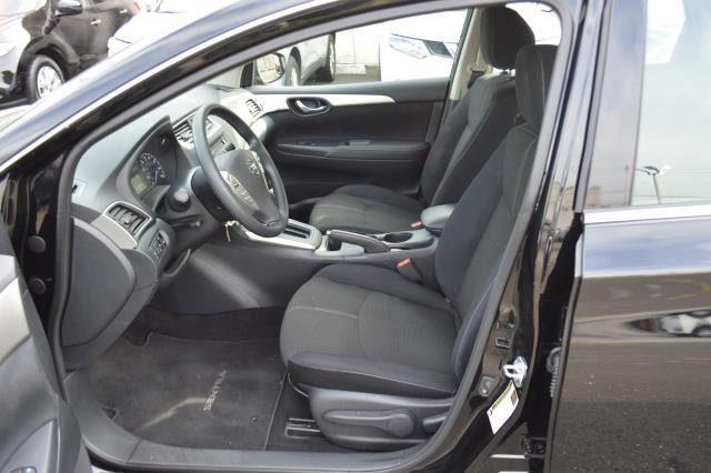 2016 Nissan Sentra S 3