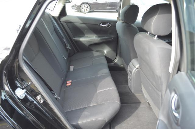 2016 Nissan Sentra S 12