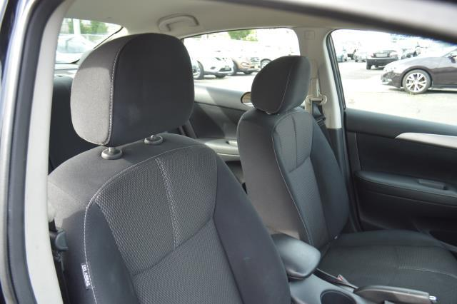 2016 Nissan Sentra S 13