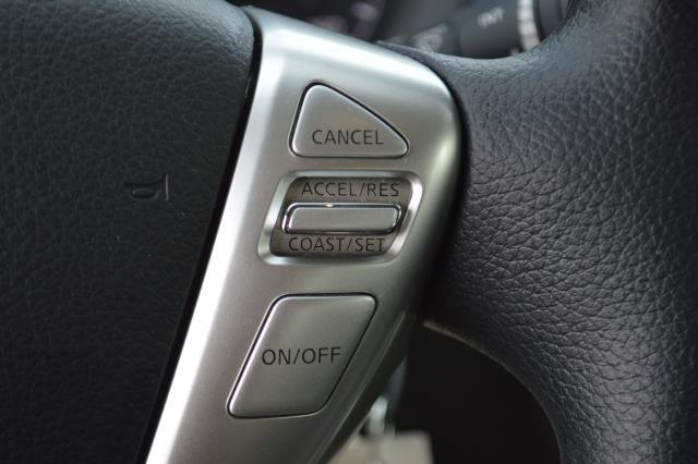 2016 Nissan Sentra S 17