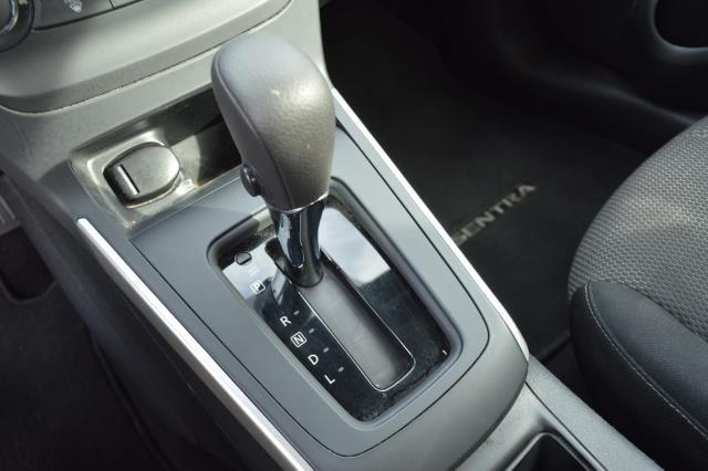 2016 Nissan Sentra S 20