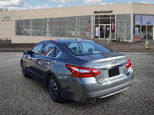 2017 Nissan Altima 2.5 SV 2