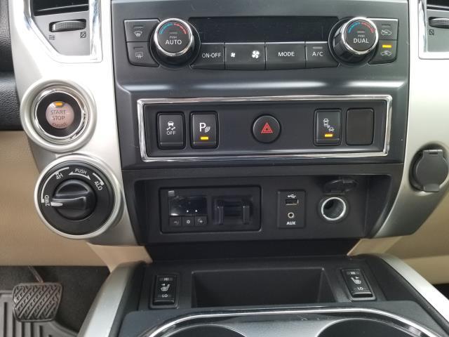 2016 Nissan Titan Xd SL 23
