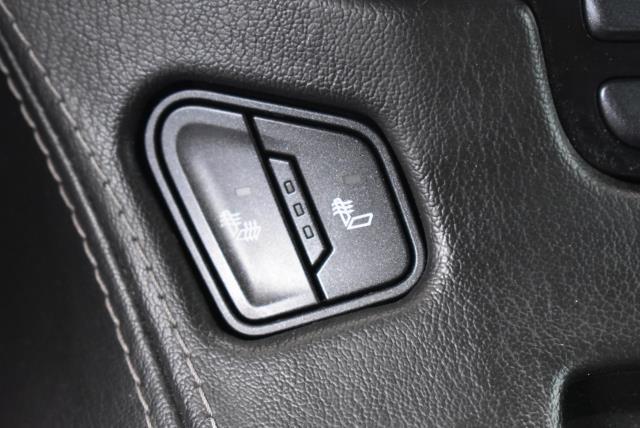 2016 Chevrolet Tahoe LT 24