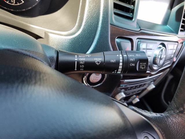 2016 Nissan Pathfinder SL 18