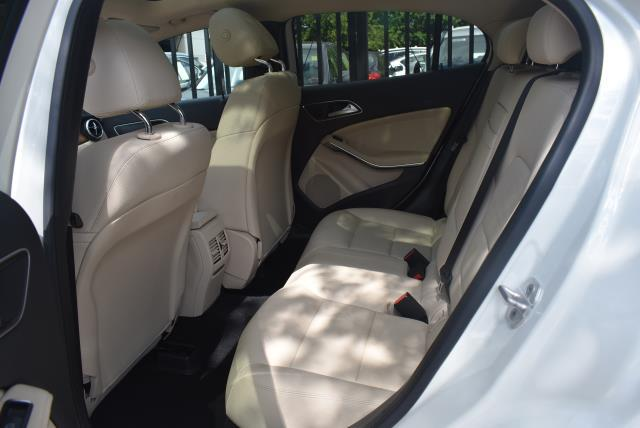 2016 Mercedes-Benz Gla GLA 250 12