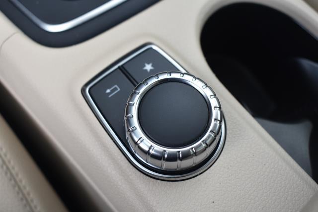 2016 Mercedes-Benz Gla GLA 250 24