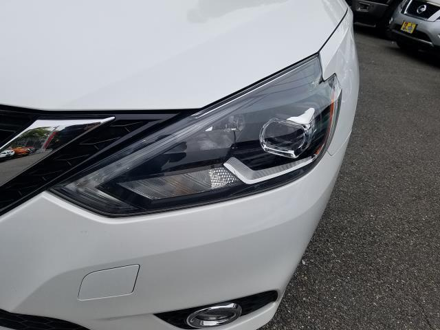 2017 Nissan Sentra SR 4