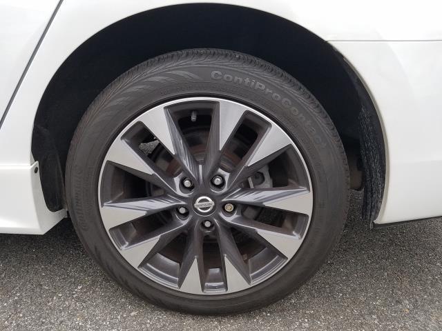 2017 Nissan Sentra SR 8