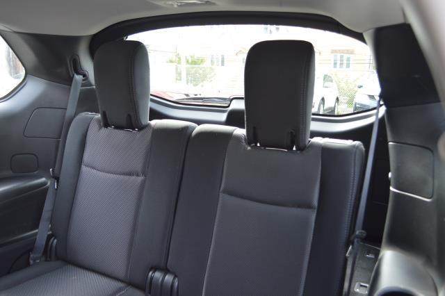 2017 Nissan Pathfinder S 8
