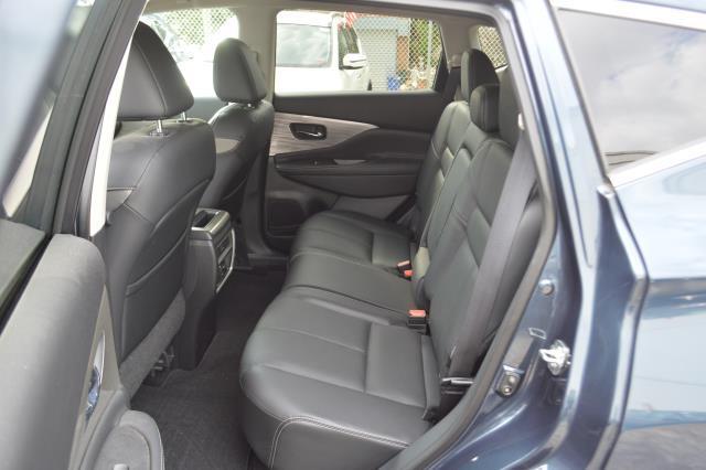 2017 Nissan Murano SL 8