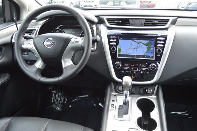 2017 Nissan Murano SL 16
