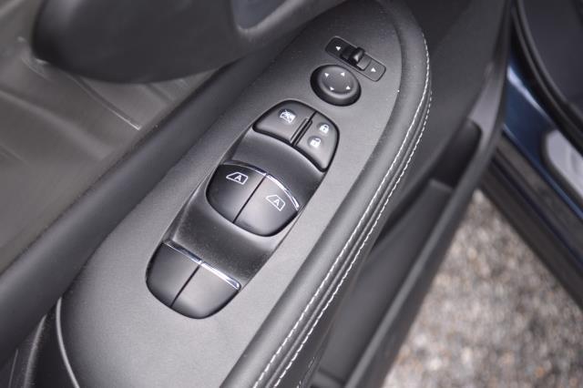 2017 Nissan Murano SL 17