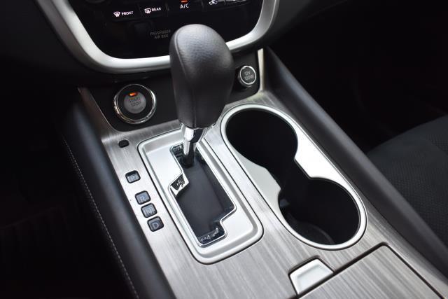 2016 Nissan Murano S 19