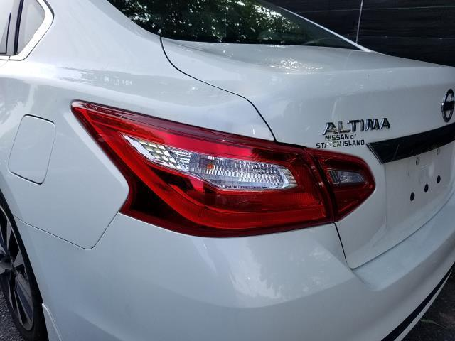 2017 Nissan Altima 2.5 SV 4