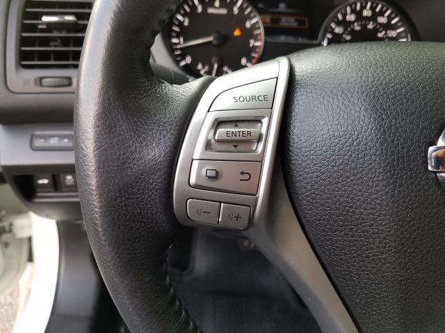 2017 Nissan Altima 2.5 SV 16